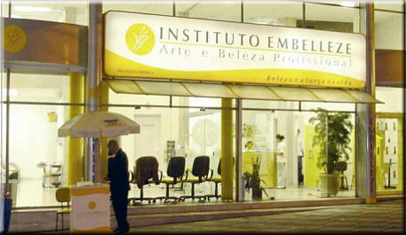 Instituto Embelleze apresenta professional upgrade no Sumirê Fashion 2009